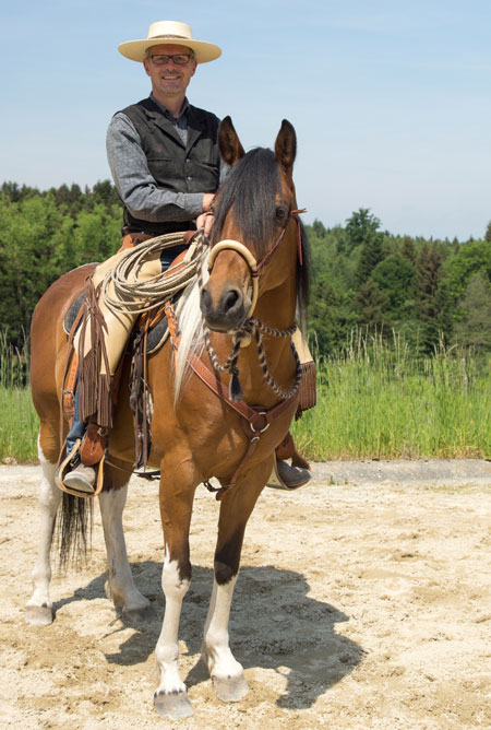 Dem Pferd zur Seite stehen!